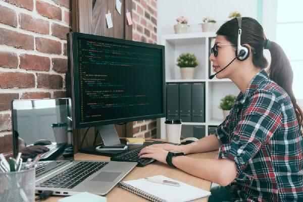 オンラインプログラミングスクールの中でも評判の高いの画像